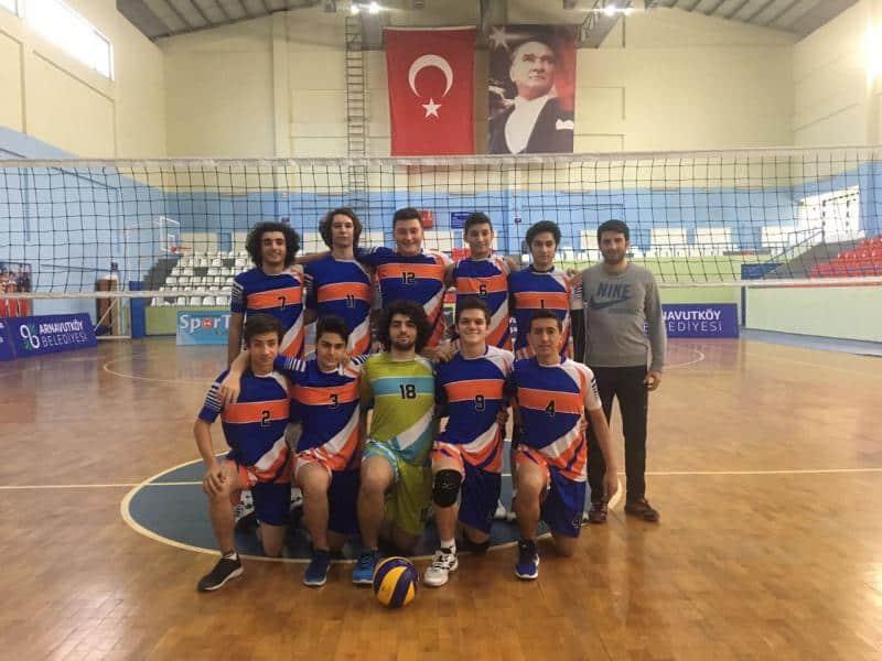 Voleybol Genç Erkekler A Takımımız Bölge şampiyonu olmuştur.