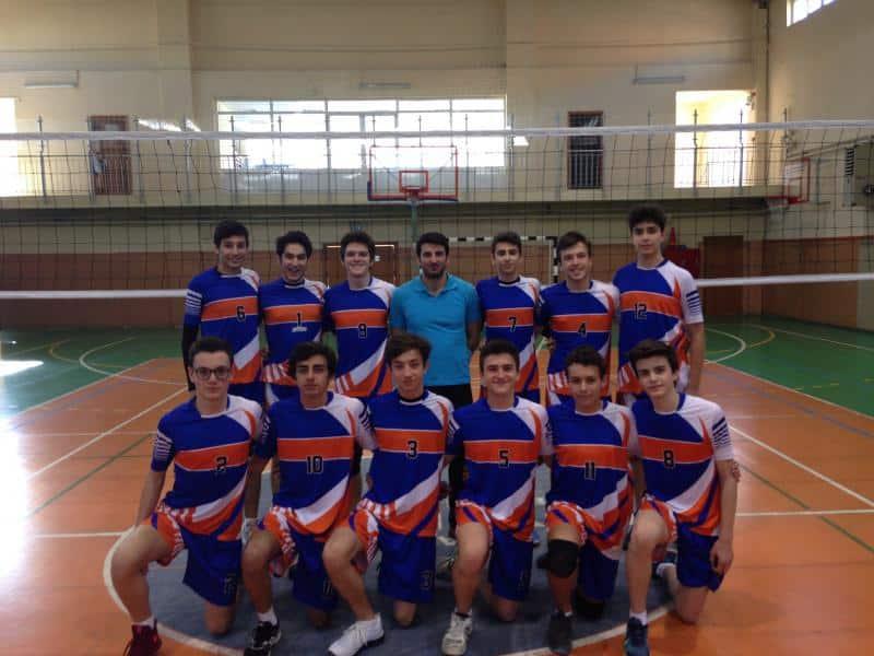 Voleybol Genç Erkekler A Takımımız İlçe şampiyonu olmuştur.