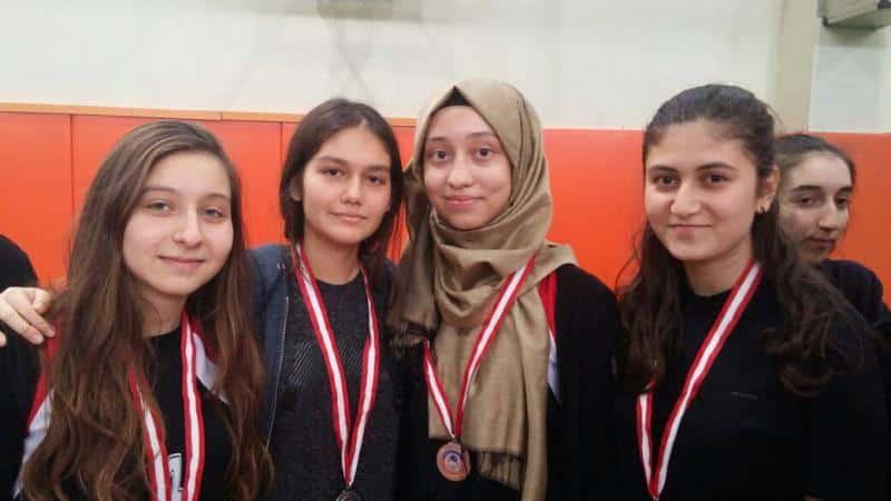 Masa Tenisi Kızlar Takımımız  İlçe 2. ve İlçe 4. olmuştur.