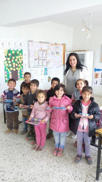 Kardeş okulumuz olan Adıyaman Kahta Çaybaşı Ortaokuluna  kitap ve kırtasiye yardımı yapılmıştır.