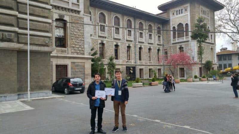 Münazara Kulübü öğrencilerimiz İstabul Lisesi Liseler arası Münazara Yarışmasında  okulumuzu başarıyla temsil etmiştir.