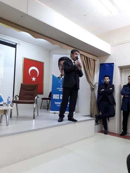 Küçükçekmece Belediye Başkanımız Sayın Temel KARADENİZ, İlçe Başkanı Mustafa KORKUT Öğrencilerimizle Başarı Odaklı Söyleşi Gerçekleştirdi.